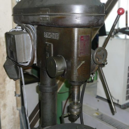 EKS003